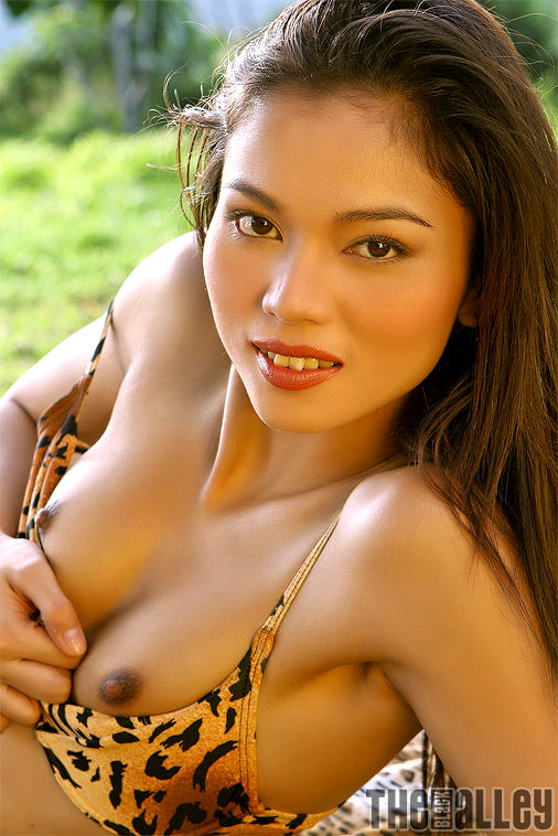 The Black Alley - The Finest Asian XXX Galleries: fccash.com/the-black-alley/galleries/daniela-lei-01erfv/?1545410